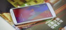 Kingsing S2 smartphones sobre una revista