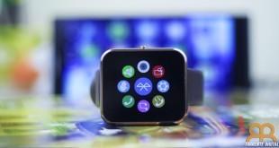 Pantalla del reloj inteligente o smartwatch Zeblaze Rover