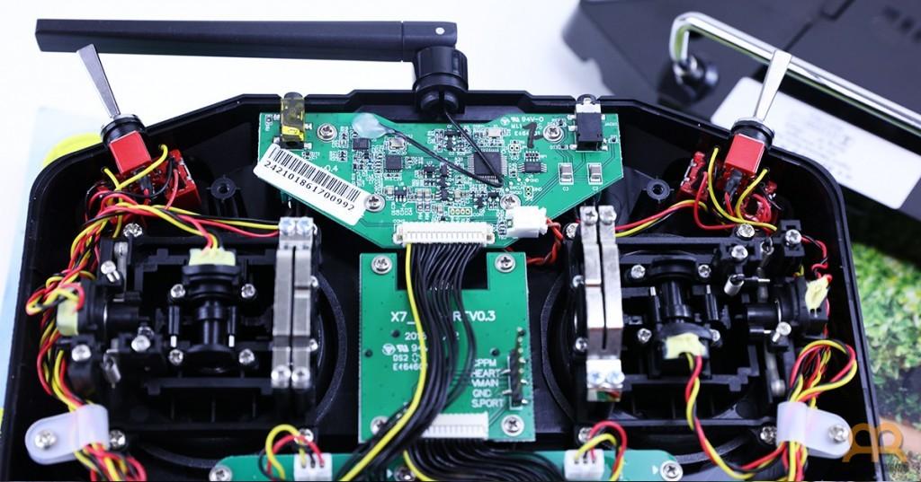 Hardaware interno emisora Taranis QX7