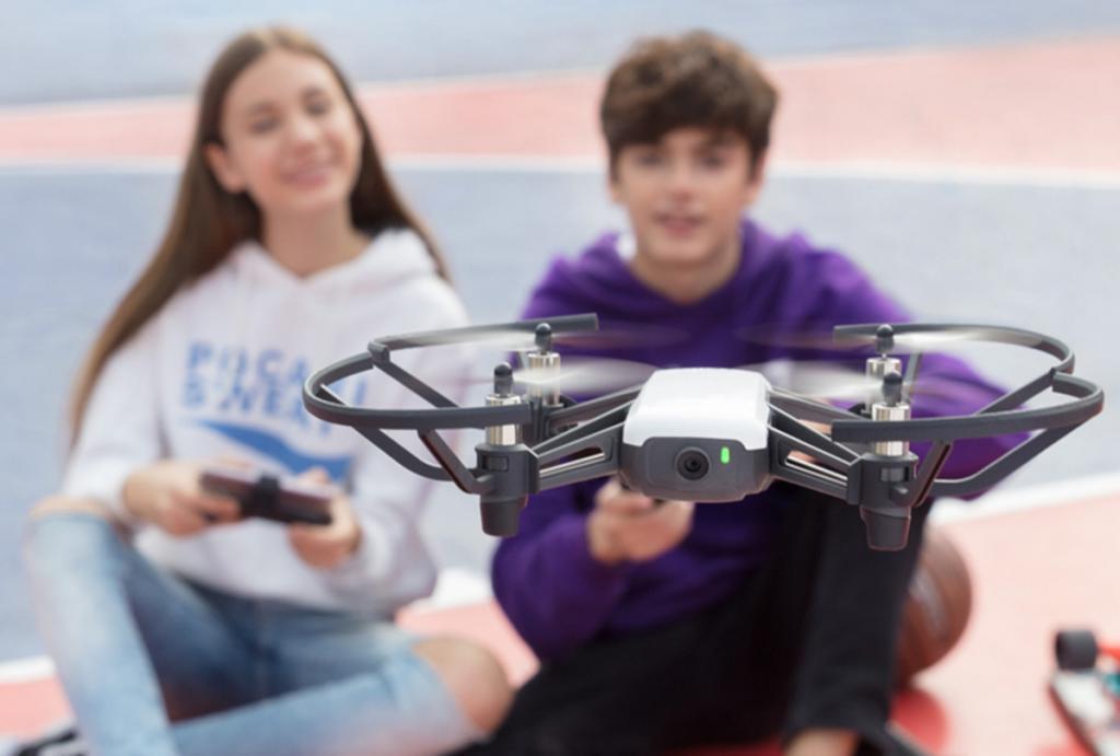 Dron DJI Tello Volando